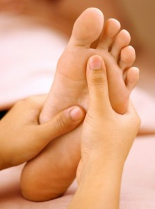 разминаем ножки после ванночки